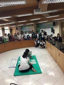 北野學生表演日本傳統Karuta